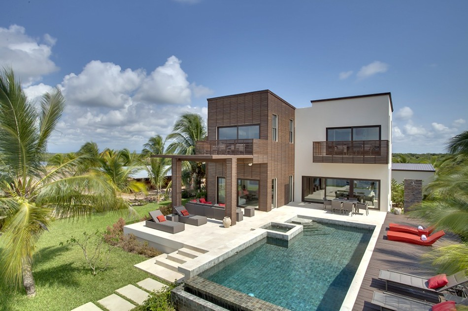 Luxury Living in Belize: Wild Orchid Marina Residential Complex