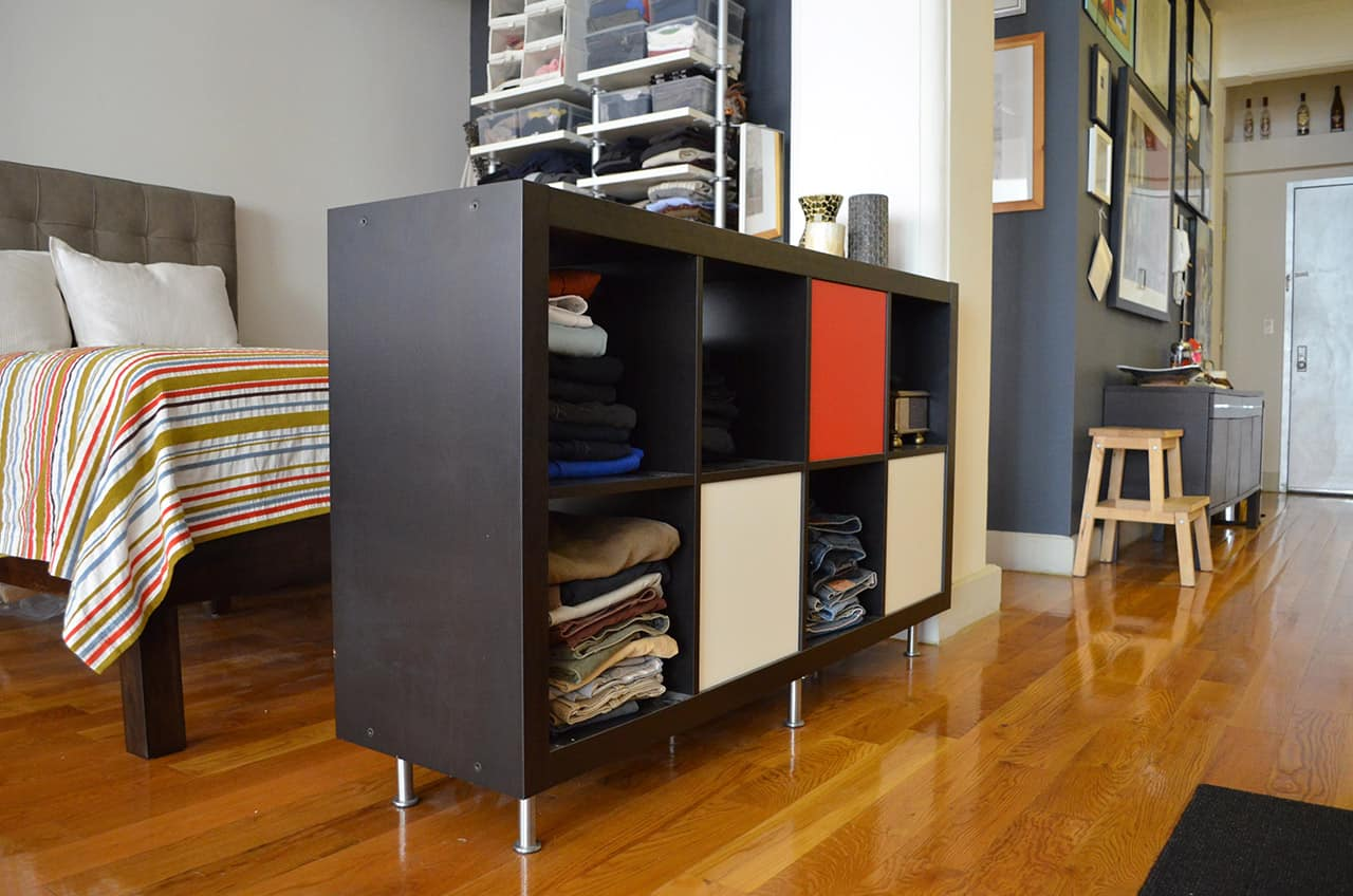 Small space divider shelves