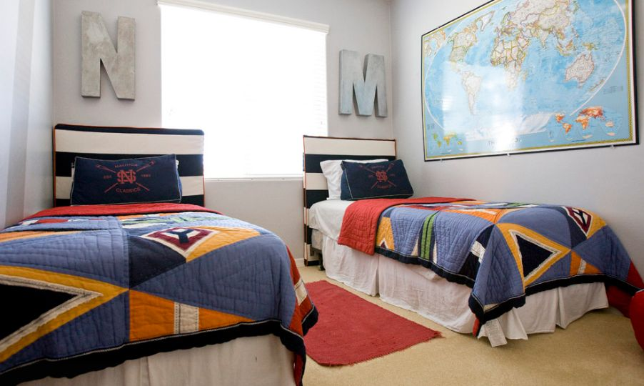 Teenager room with colorful bedding