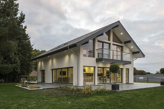 Homes from Scandia Hus offer good insulation, triple glazed windows, and underfloor heating