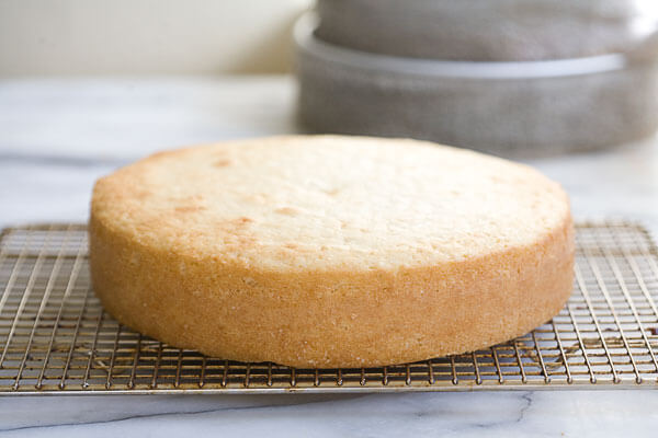 How To Bake A Flat Cake