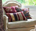 Декоративные подушки на диван фото: для дивана и для кровати вместо спинки, большие диванные подушки и чехлы на них, примеры в интерьере