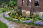 Участок украсить: украшение, озеленение цветами и кустарниками